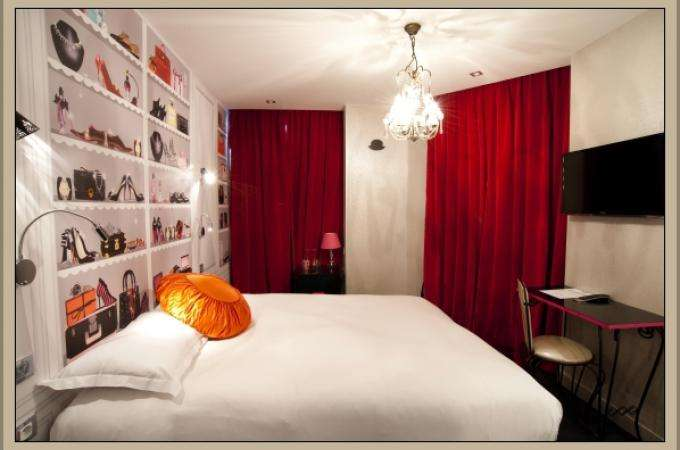 Deluxe rooms Paris hotels for a memorable stay