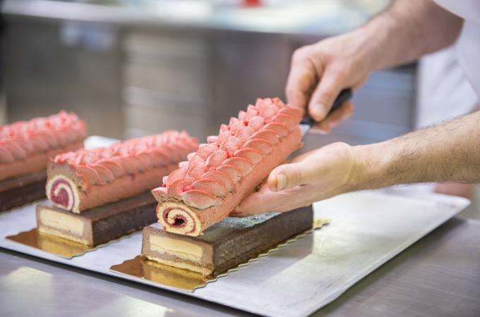 Fun for foodies; the Pastry Fair and a themed room