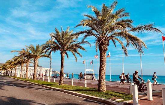 A spring holiday in Nice