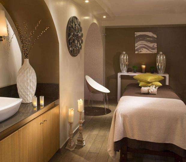 Your wellness stay at the Six Paris