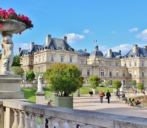 Your hotel overlooking the Jardin du Luxembourg
