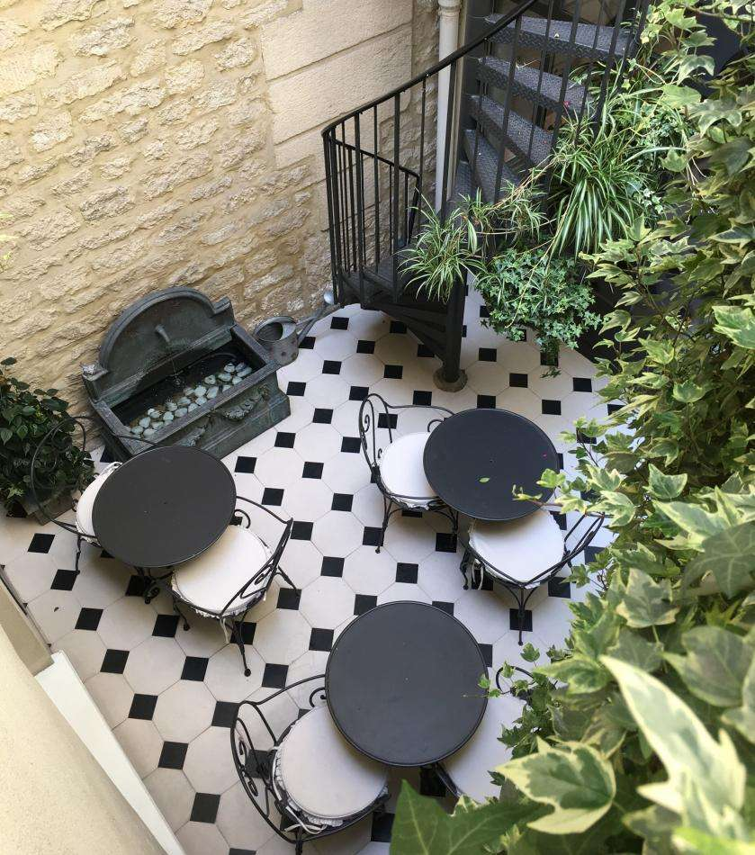 Hôtel Arioso - Patio