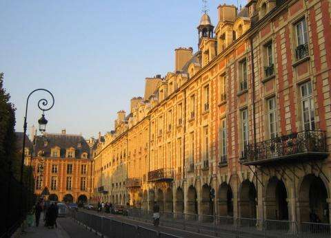 Valentine's Day; an improvised walk in the Marais