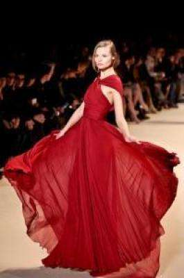 Attend Paris Fashion Week to catch the latest trends