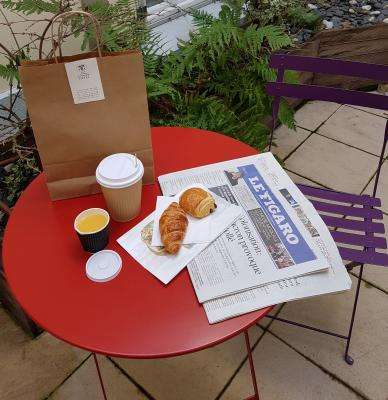 Breakfast-to-go available now !